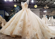 Luxury Golden Orange Ladies Bridal Gown Sleeveless Lace Beaded Princess Big Tail