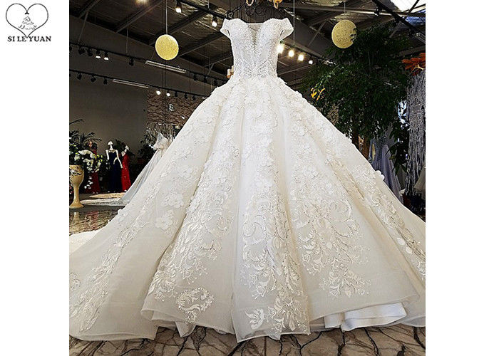 Luxury Bridal Ball Gowns Off Shoulder Sweetheart Lace Long Tail Crystal Beading